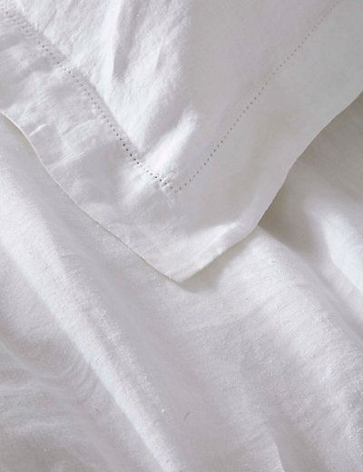 Pure Linen Oxford Pillowcase | M&S