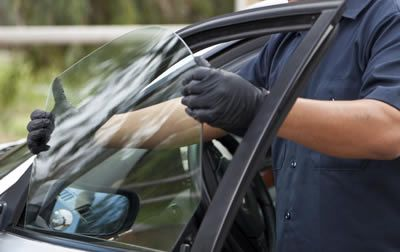 The Services Will Be Best For Your Windscreen You Can Contact Them By Visiting Their Online Portal Just Dial Wind Screen Windshield Repair Glass Repair