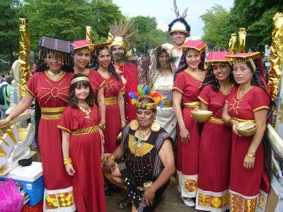 Sociedad De Poetas Y Narradores Las Virgenes Del Sol Ofreciendo Sus Ofrendas A La Pachamama Fiesta De Primavera Virgen La Pachamama
