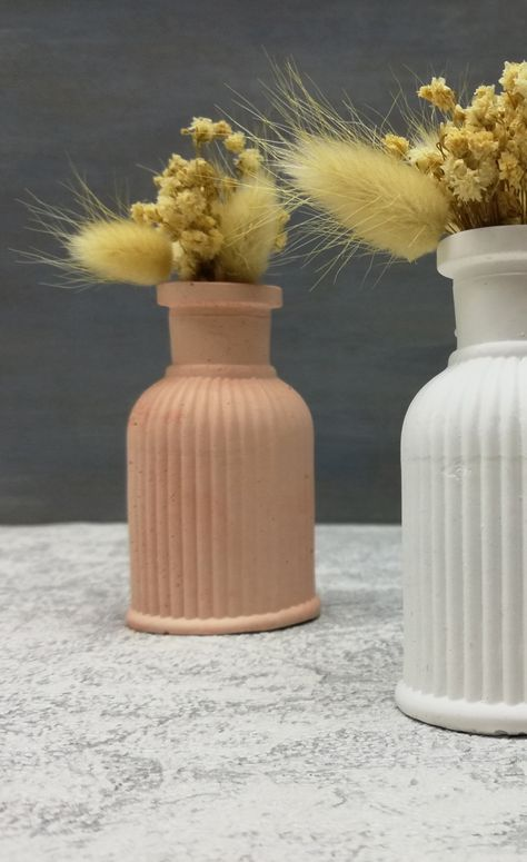 #weddingfavors #engagementgifts #bridesmaidgifts #minimalistvase #minimalistdecor #minimalistflowervase #personalizedweddingfavors #weddinggift #bohemhomedecor #bohemianhomedecor #bohem #bohemian #weddingfavorsforguest #engagementdecoration #partydecoration