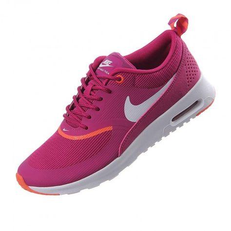 Max Air Están Para Nike Equipados Una Mujer Con Tenis Los Thea De qZTTEp