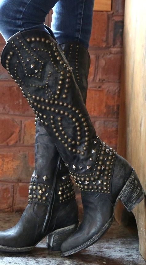 Cowboy Boots Women, Cowgirl Boots, Western Wear, Western Boots, Crazy Shoes, Me Too Shoes, Cute Boots, Fashion Boots, Chic Outfits