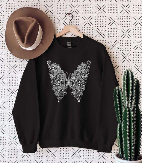Butterfly Sweatshirt, Butterfly Sweater, Butterfly Crewneck, Butterfly wings sweatshirt, Butterfly jumper, Cute sweatshirt, gift for her