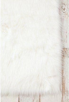 Carpet Runners Northern Ireland Carpetrunnersbythefoot Rugs Faux Sheepskin Rug Fluffy Rug Sheepskin Rug
