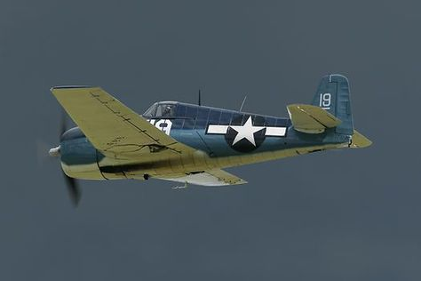 The Fighter Collection's Grumman F-6F Hellcat (40467 '19'/ G-BTCC) ~ BFD