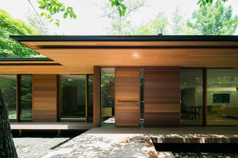 Japanese Modern House, Modern Japanese Architecture, Classical Architecture, Sustainable Architecture, Residential Architecture, Interior Architecture, Ancient Architecture, Traditional Japanese, Landscape Architecture