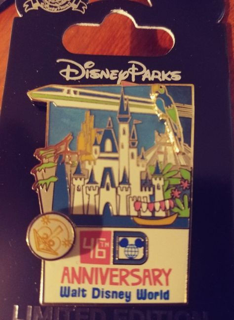 WDW Walt Disney World 2000 Epcot Spaceship Earth 3D Trading Pin New on Card