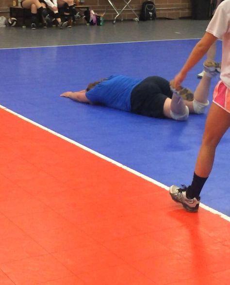 10 Show Us A Pancake We Had An End Of Season Coaches Vs Players Game And This Is Coach Tracy S Pancake Youcouldwin Usa Volleyball Coaching Volleyball