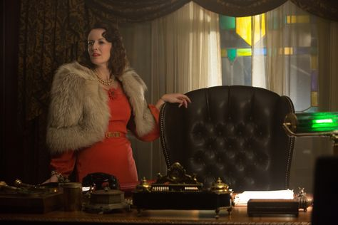 The Last Tycoon's Rosemarie DeWitt on '30s Costumes, Working with Lily Collins…