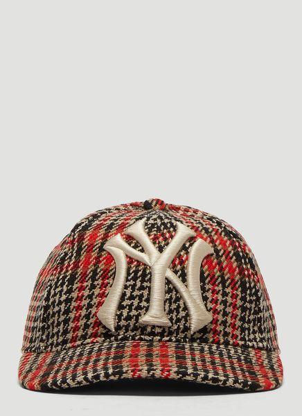 3122df194 GUCCI NY YANKEES TARTAN BASEBALL CAP IN BROWN. #gucci | Gucci in ...