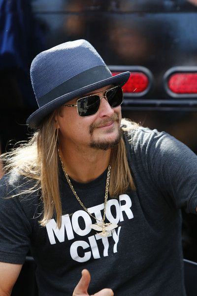 Kid Rock   TBT in mullet wigs on Letterman.  c73f3de77cb