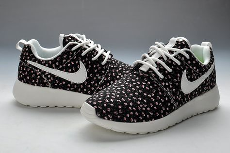 super popular outlet store super cute Motif de fleurs Nike Roshe Run Black Women Chaussures de ...