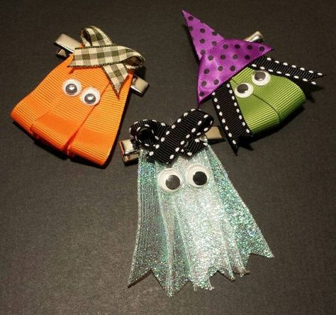 Three piece Halloween hair clips Ghost Pumpkin by CraftyLilMee by julianne Hair Ribbons, Diy Hair Bows, Diy Bow, Bow Hair Clips, Halloween Hair Clips, Halloween Bows, Halloween Crafts, Ribbon Art, Ribbon Crafts