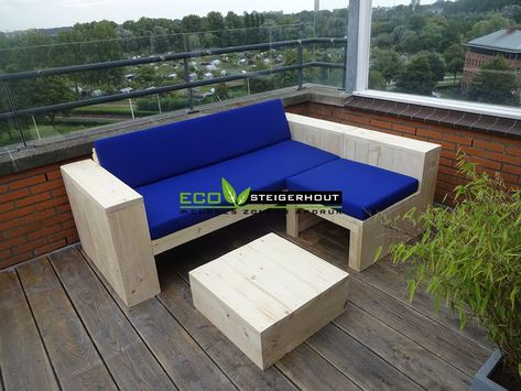 All Weather Kussens : Loungebank stiegerhout met chaise lounge. de bank is voorzien van