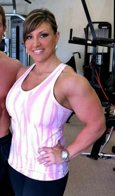 9 Best Gina Davis Images On Pinterest Crossfit Women Bodybuilder And Female Muscle