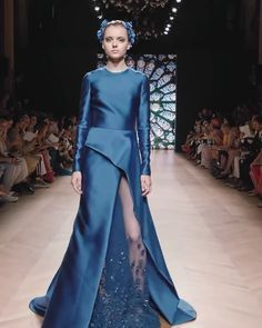 Tony Ward Look Fall Winter Couture Collection Gorgeous Asymmetric Slit Blue Evening Dress / Evening Ball Gown with Long Sleeves and a Train. Couture Fall Winter Collection Runway Show by Tony Ward