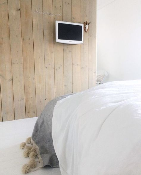 Houten Planken Tegen De Muur.Houten Planken Tegen De Muur Via Instagram Ensuus