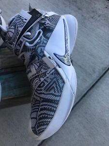 low priced 4436e 944ca Details about Men s Nike Lebron Soldier IX 9 LMTD Freegums White Concord  Shoes (11) 810803-014