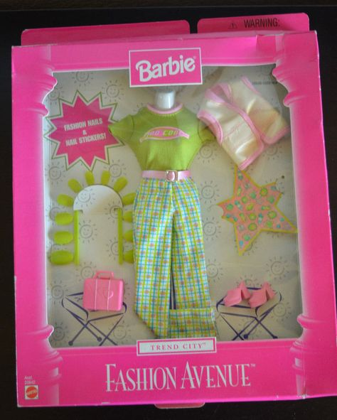 LINGERIE ~ MATTEL BARBIE DOLL MATINEE PINK SATIN MATINEE TODAY ROBE ACCESSORY