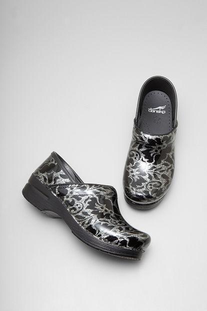 dansko, clogs, dansko shoes