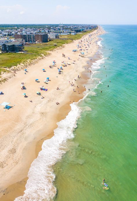 Planning to visit the Outer Banks? Looking for great Airbnb Outer Banks rentals? Check out this short-list of properties in the 5 most popular towns of Nags Head, Kitty Hawk, Kill Devil Hills, Duck and Corolla. Don't vist North Carolina and the Outer Banks before seeing this list. #OuterBanks #NorthCarolina #OBX #Airbnb #vacations #travel