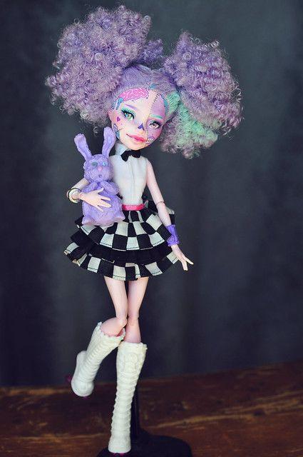 Monster Dolls, Custom Monster High Dolls, Monster High Repaint, Custom Dolls, Bjd, Pretty Dolls, Beautiful Dolls, Personajes Monster High, Scary Dolls