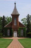Lee Chapel at Washington and Lee University in Lexington, VA is a popular wedding venue for locals, alumni and history buffs.