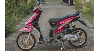 5 Modifikasi Motor Beat Karbu Warna Merah Di 2020 Motor Lowrider Honda