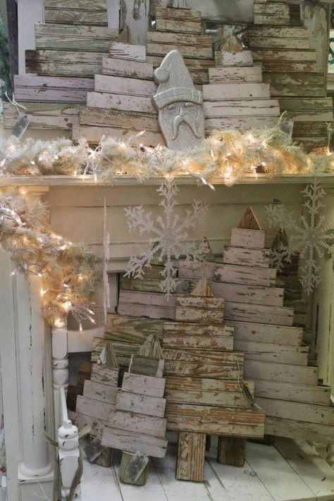 Christmas Trees From Upcycled Wooden Pallets