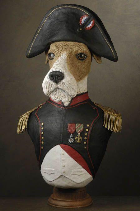 Fox Napoleon | Animaux en costumes, Chien, Animaux en papier mâché