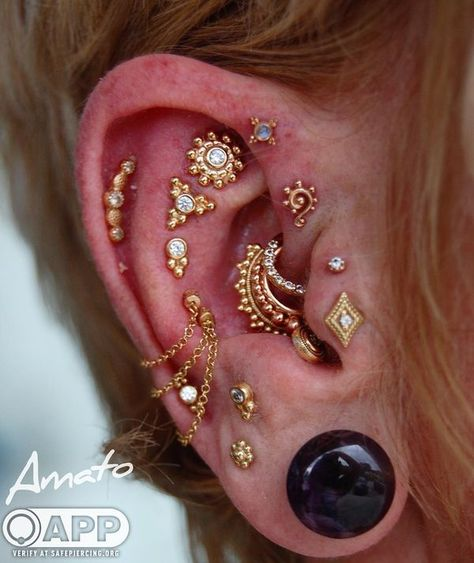 The gold tragus and a cartilage piercing