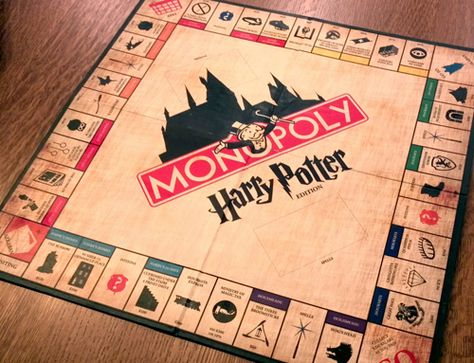 harry potter monopoly with a link to printables to make your own!!!