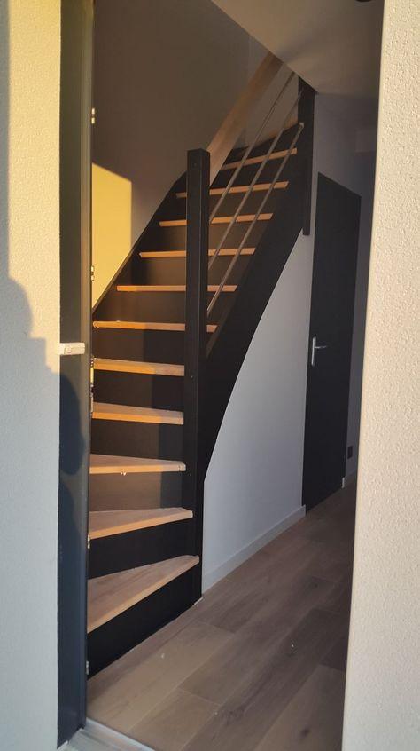Rénovation escalier bois, décapage marches pour les ramener en bois