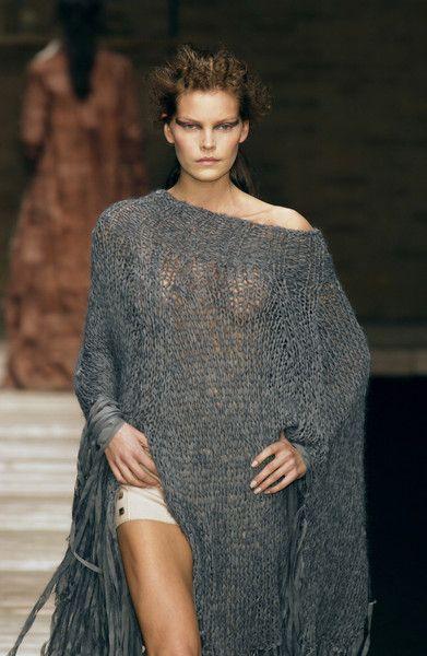 Laura Biagiotti Fall 2002