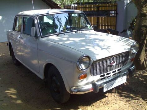 Two Iconic Cars Premier Padmini And Hindustan Motors Ambassador