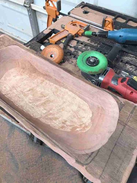 Find out what tools I used to carve a two-toned bread bowl for the first time! #diy #powercarving #beginner #howto #tools #woodworking
