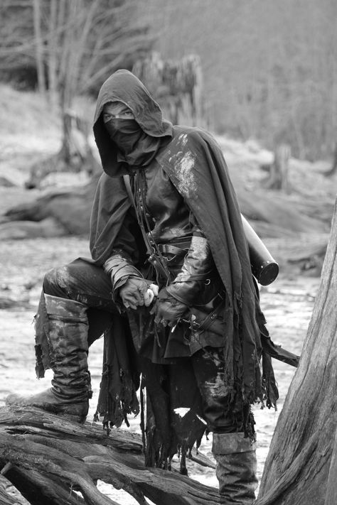 An outfit of a medieval assassin, dressed in cloaks and materials his identity is hidden. This attire is what was worn by those who were the hit-men of the medieval era.