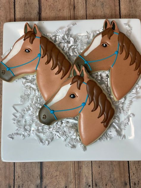 Horse Baby Showers, Cowboy Baby Shower, Fall Cookies, Cookies For Kids, Horse Cake Pops, Horse Party Decorations, Horse Theme Birthday Party, Onesie Cookies, Horse Cookies
