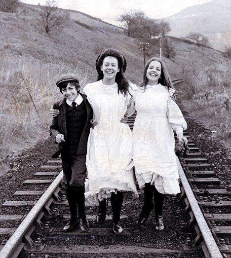 Gary Warren, Jenny Agutter, and Sally Thomsett - The railway Children - 1970.  Jenny Agutter studied at Elmhurst Ballet School when it was in Camberley - now the site of Elmhurst Court.