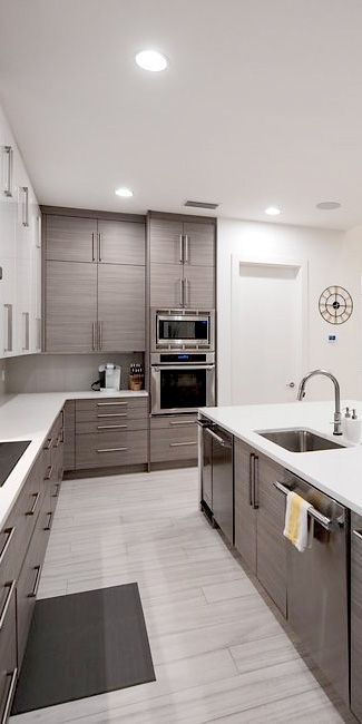 Flat Panel Silverton Textured Melamine And High Gloss Pure White Acrylic Made With The Deepest Stru Kitchen Design Modern Kitchen Design Gloss Kitchen Cabinets