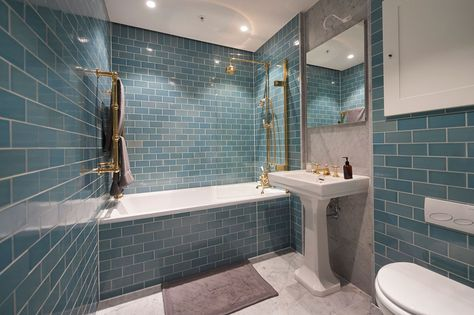 C.P. Hart Case Study: 55 Vicotria Street. Our contracts team collaborate with Laura Marino, Creative Director at Alchemi Group, to create luxury bathrooms with a superior finish for a New York loft-style development in Victoria with views of Westminster and Green Park.