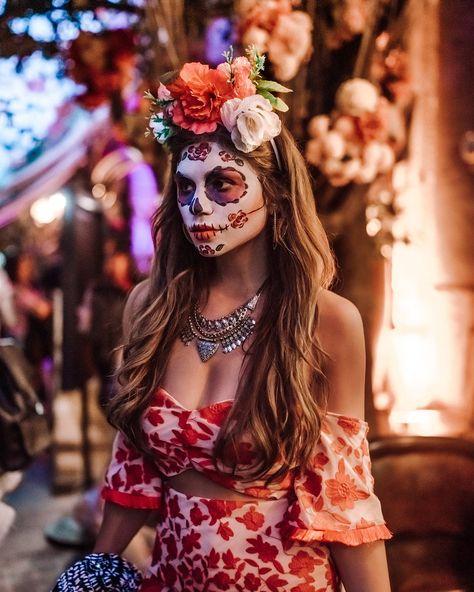 How to Celebrate Dia De Los Muertos in Guadalajara Like a Local Sugar Skull Costume, Sugar Skull Art, Catrina Costume, Sugar Skull Halloween, Halloween Party, Halloween Costumes, Zombie Costumes, Kid Costumes, Witch Costumes
