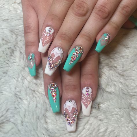 Finding the best nail art is our specialty here at Hashtag Nail Art! This is why we have found 22 of the Best Nail Art Designs for 2018 that you need to look at right now.