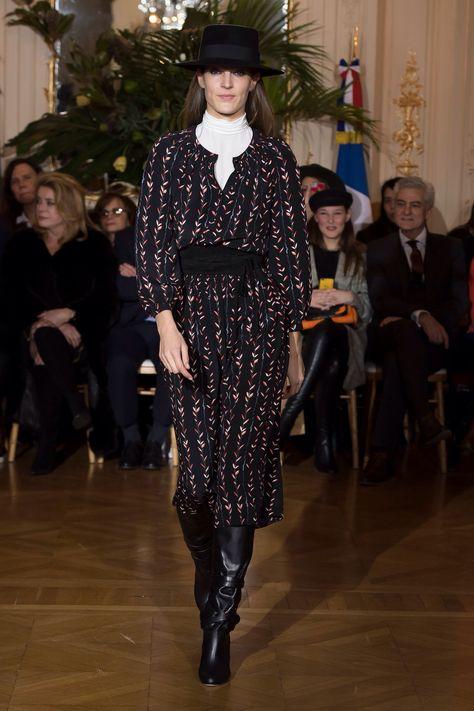 Vanessa Seward Fall 2018 Ready-to-Wear Fashion Show Collection