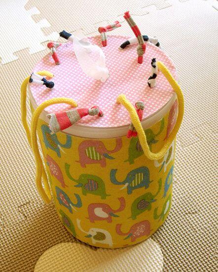 100円ショップの材料で超簡単 赤ちゃんが夢中になる玩具の作り方 インスピ 0歳児 手作りおもちゃ 手作り おもちゃ 0歳 手作りおもちゃ