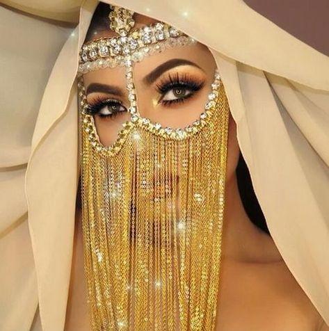 27 Ideas birthday outfit hijab for 2019 Arabian Makeup, Arabian Beauty, Arab Fashion, Fashion Mask, Tribal Face, Arabian Women, Dance Makeup, Face Jewellery, Arab Girls