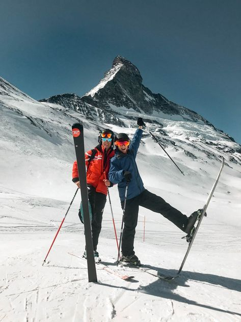 Explore 2 languages, cultures, and cuisines in one day by skiing the Swiss Alps with Ski Itineraries. Cross from Italy to Switzerland all while on skis. Ski And Snowboard, Snowboarding, Ski Ski, Zermatt, Ski Bunnies, Ski Season, Ski Holidays, Cross Country Skiing, Foto Pose