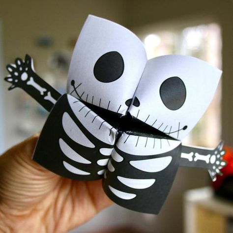 PRINTABLE HALLOWEEN Cootie Catchers  PDF download  Mummy image 2