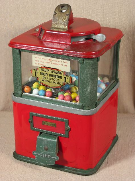 vintage gumball  vending machine supermarket  video arcade 1980/'s Treasure Chest Toys display sign pirate