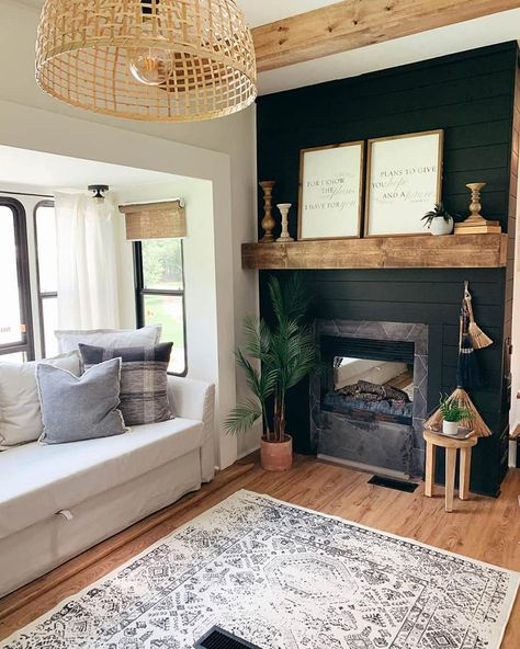If you are looking for Rv Living Room Ideas, You come to the right place. Below are the Rv Living Room Ideas. This post about Rv Living Room Ideas was posted under th. Rv Living, Tiny Living, My Living Room, Rv Sofa Bed, Salons Cosy, Rv Homes, Casas Containers, Living Vintage, Rv Interior